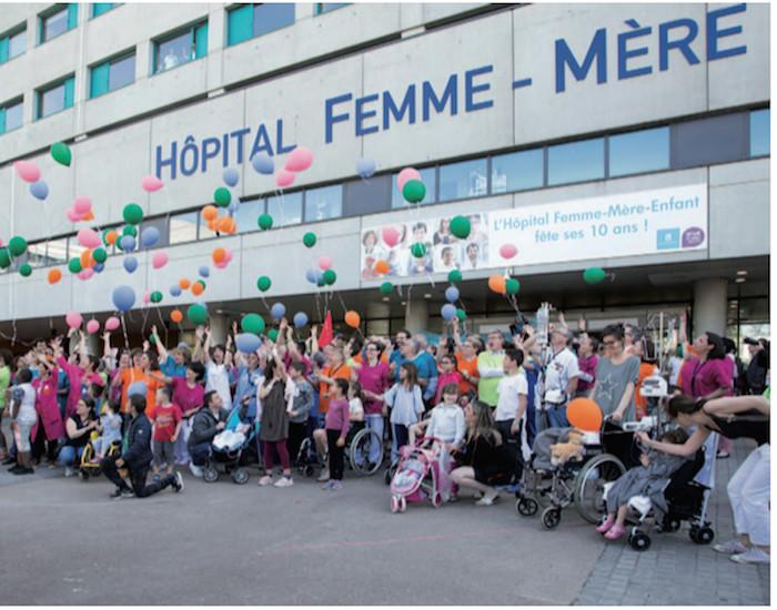 À LYON, L'HÔPITAL FEMME MÈRE ENFANT FÊTE SES 10 ANS