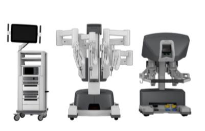 Le CHR a choisi d'acquérir le Da Vinci X pour ses nombreuses qualités :  une vision 3D HD amplifiée,une caméra plus ergonomique,un repérage précis des tumeurs par fluorescence,un agrafage plus performant,une console encore plus confortable.Da Vinci X est également et surtout un système adaptable et  Le robotévolutif.Le premier robot est arrivé en janvier et remplacera le robot actuel dès fin février. Quant au robot supplémentaire, il sera en fonctionnement fin mars.