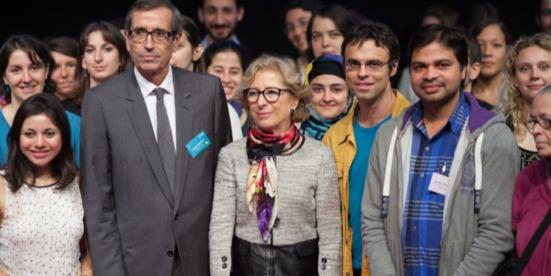 Geneviève Fioraso aux côtés de Jacques Raynaud, Président de la Fondation Arc et des jeunes chercheurs (Crédit photo : Fondation ARC)