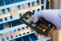 La solution ONCOSuite fonctionne avec une large gamme de terminaux mobiles et  d'imprimantes code-barres. Ici le terminal Motorola MC2180 de Zebra Technologies.