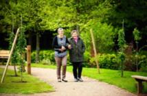 Burn-out : quand les jardins thérapeutiques apaisent aussi les professionnels de santé