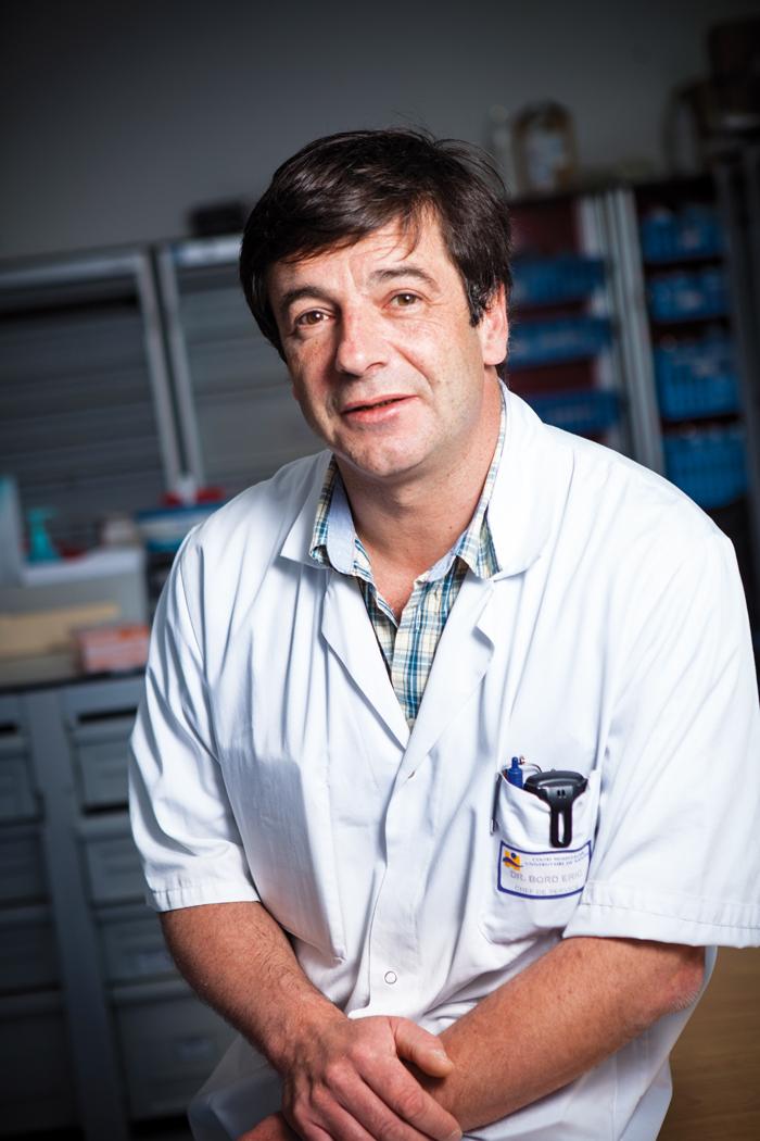 Le Dr Éric Bord, Chef du service de Neurochirurgie et Neuro-traumatologie du CHU de Nantes, Vice-président de la Commission Médicale  d'Établissement et vice-président du Jury