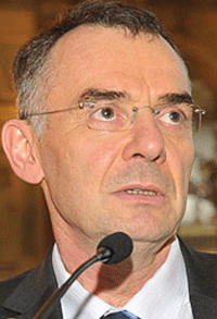 Un médecin du CHU de Toulouse membre de l'Observatoire national pour la qualité de vie au travail des professionnels de santé