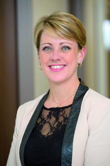 Carine Moulay, Directrice de la qualité, des risques et de la communication chez Almaviva Santé
