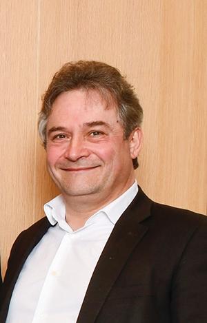 Le Dr Emmanuel Briquet, Directeur du développement et de la stratégie médicale