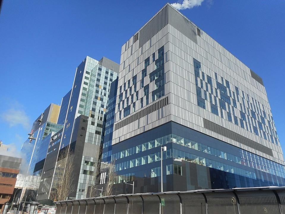 Le CHUM de Montréal : l'histoire mouvementée d'un des plus grands hôpitaux d'Amérique du Nord