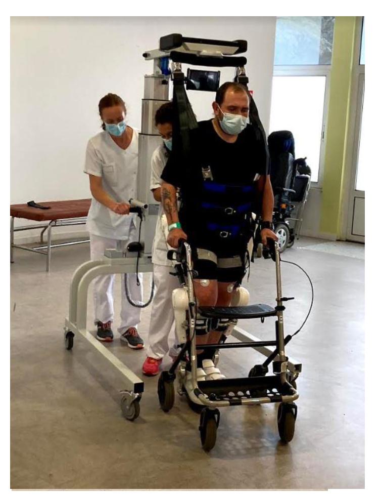 L'hôpital Henry Gabrielle signe la charte Romain Jacob et inaugure le 1er exosquelette lyonnais