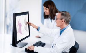 La pathologie numérique bientôt utilisée pour les diagnostics de routine à Genève