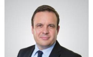 François Thuilleur est nommé Président du Conseil d'Administration du Groupe PAREDES et vise la place de n°1 du marché de l'hygiène professionnelle en France