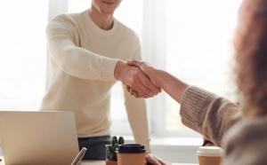 L'ANFH accompagne ses établissements partenaires dans la mise en place des entretiens professionnels