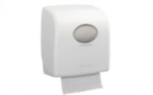 L'Hôpital Paris Saint-Joseph utilise avec succès le système d'essuie-mains roulés Kleenex® Ultra développé par Kimberly-Clark PROFESSIONAL