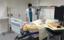 Chambre des erreurs, réalité virtuelle, quiz box : l'hôpital Foch accompagne le personnel infirmier avec des sessions de formation à la fois ludiques et pratico-pratiques